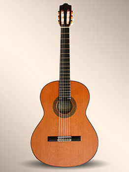 Picture of Guitare Classique 4/4 ALHAMBRA 7C Table Massive Cèdre / Corps Sapelli massif