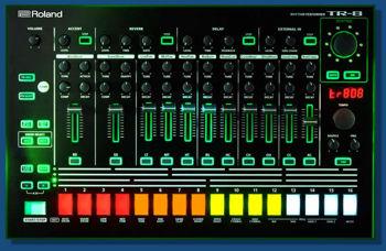 Image de Boite a Rythme ROLAND TR-8 RYTHM PERFORMER (TR-808 + TR-909)