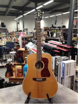 Image de Guitare Folk Acoustique GUILD D40 Depot Vente Occasion +Etui