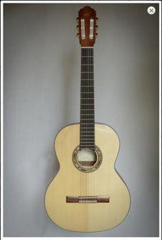 Image de Guitare Classique 7/8 KREMONA Serie Basic RONDO Epicea Massif / Noyer